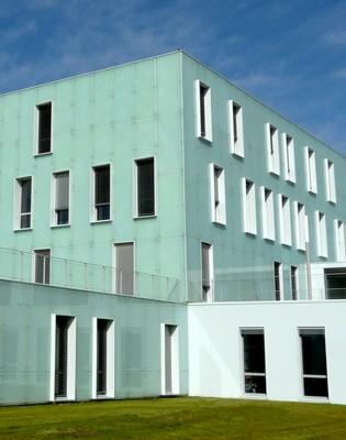 Produits Verriers Verre Fa Ade Et Architecture Bardage Parement V Ture En Verre